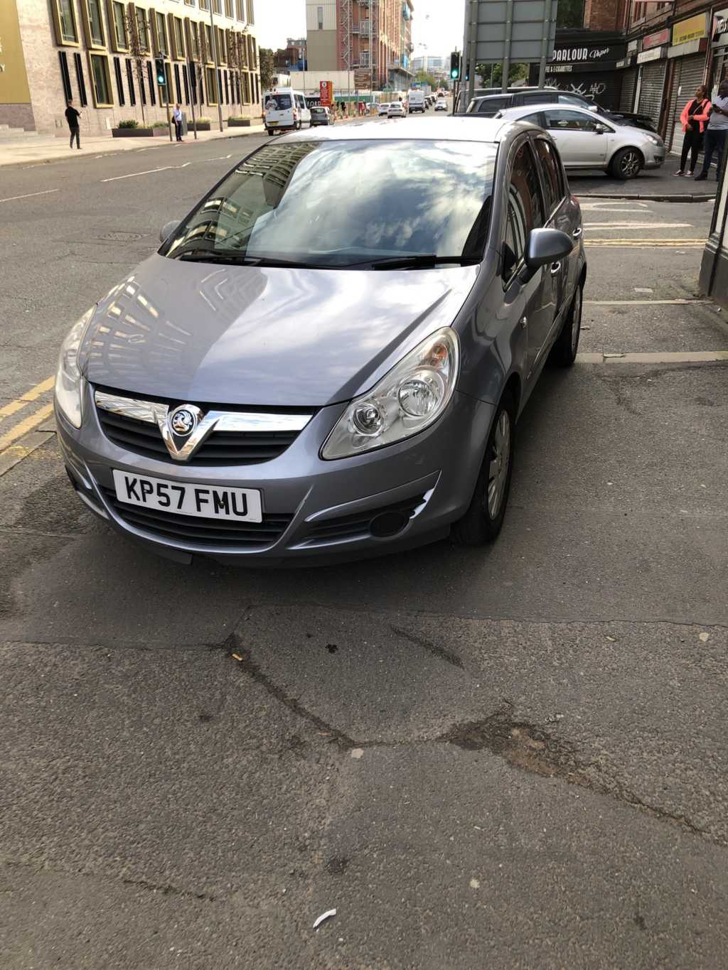 KP57 FMU displaying Inconsiderate Parking