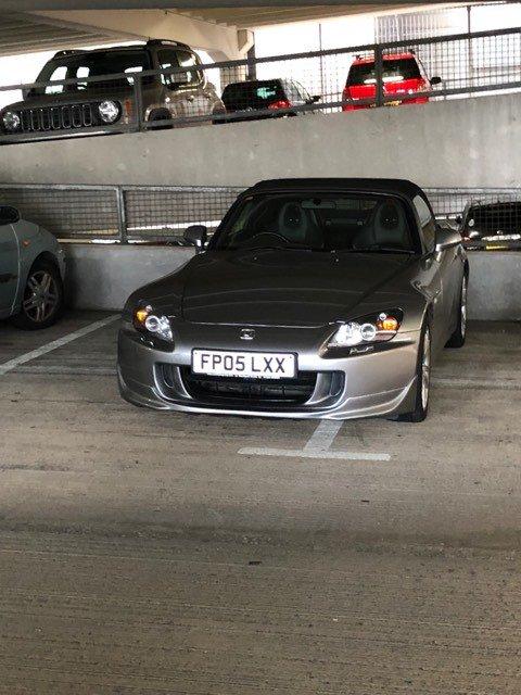 FP05 LXX displaying Selfish Parking