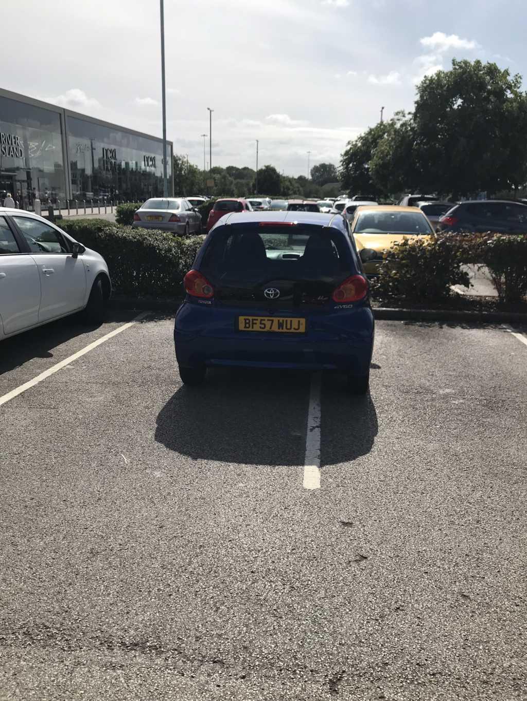 BF57 WUJ displaying Selfish Parking