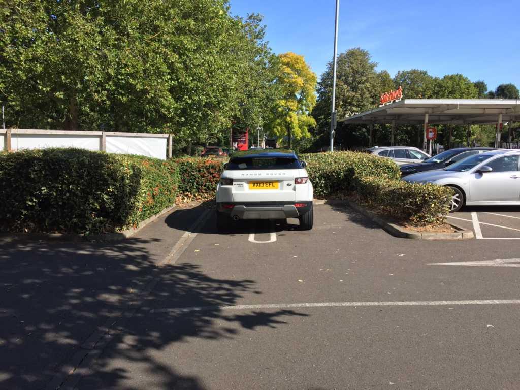 VX13 EFL is a crap parker