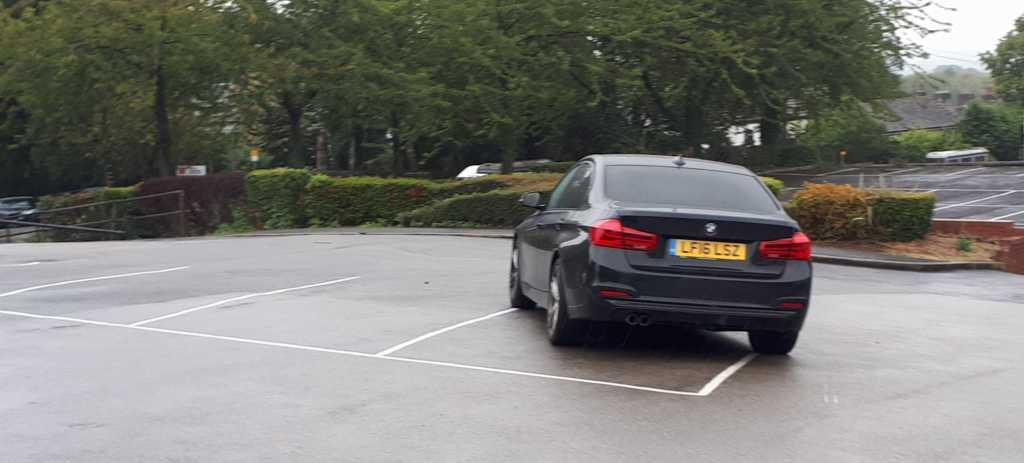 LF16 LSZ displaying Selfish Parking
