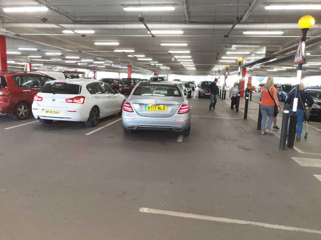 KT17 NLD displaying Selfish Parking